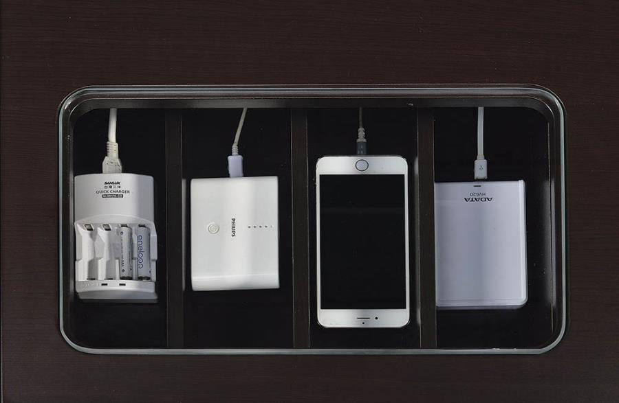 Lift-Top Cord Management and Power Outlet