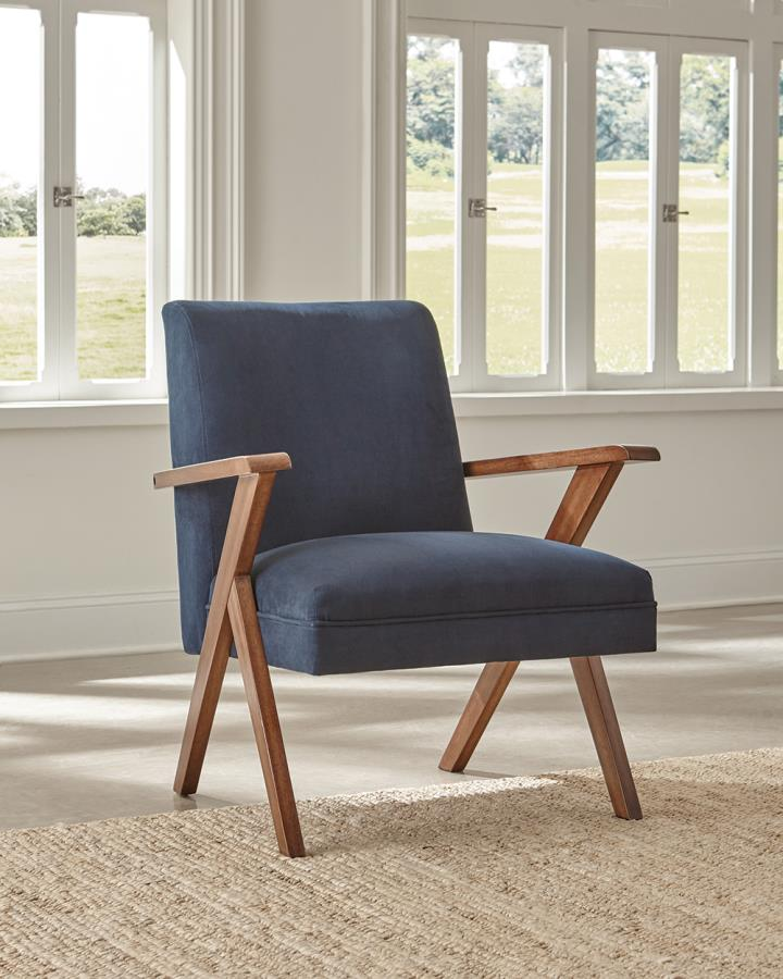 Accent Chair Roomview