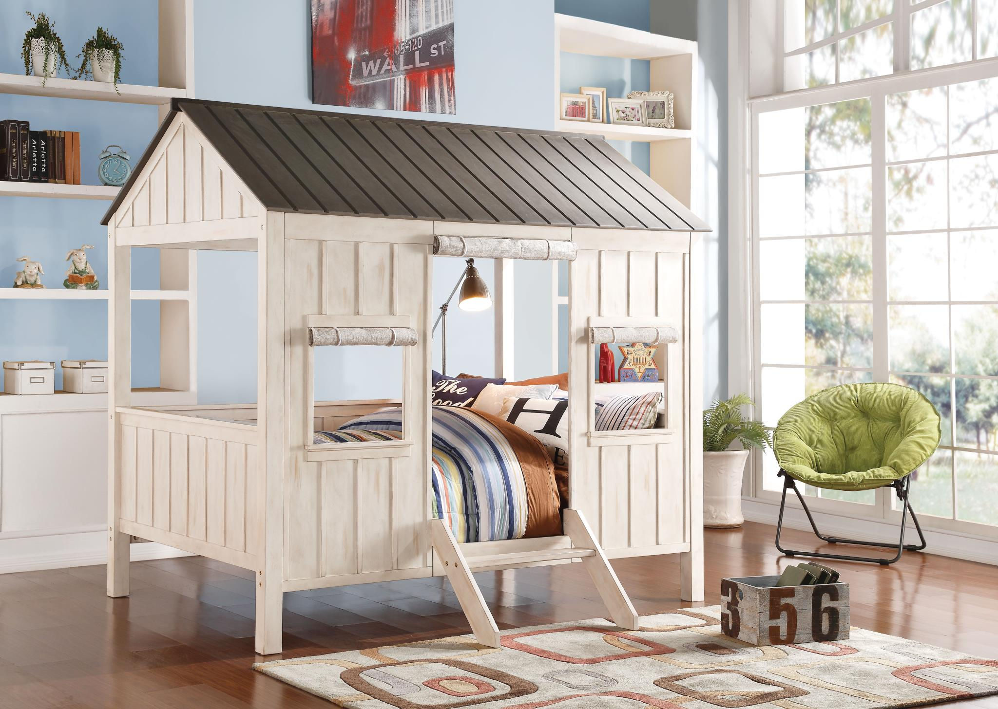 Washed Gray & Weathered White Cottage Themed Full Bed