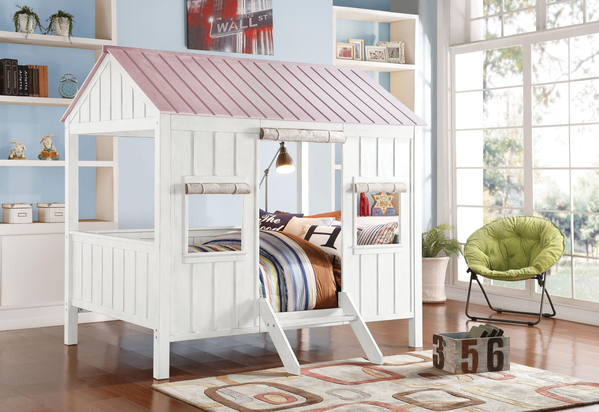 White & Pink Cottage Themed Full Bed