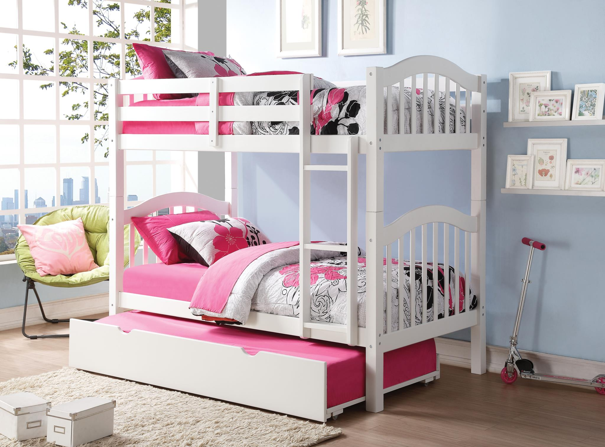 White Twin/Twin Bunk Bed w/ Trundle