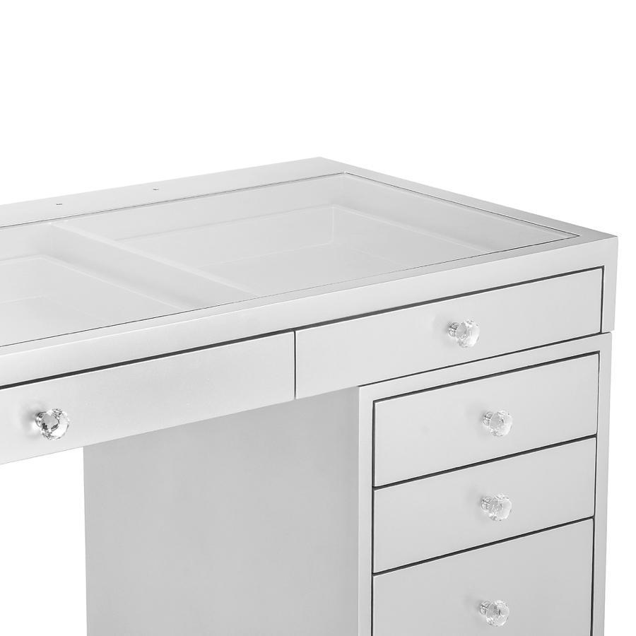 Vanity Table Drawers Details